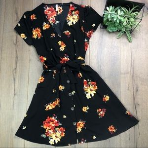 Beautiful Black Floral Casual Dress